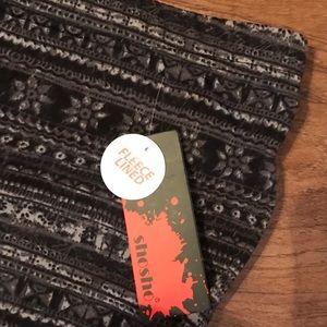 shosho Pants - Plus size fleece lined leggings, geometric